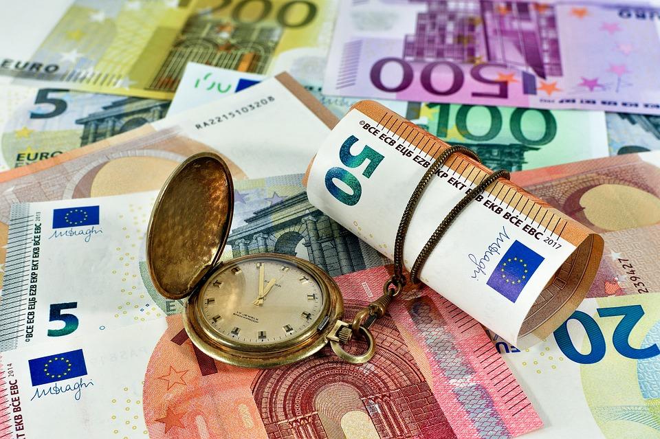 Tiền thuê nhà hàng tháng chiếm phần lớn trong sinh hoạt phí
