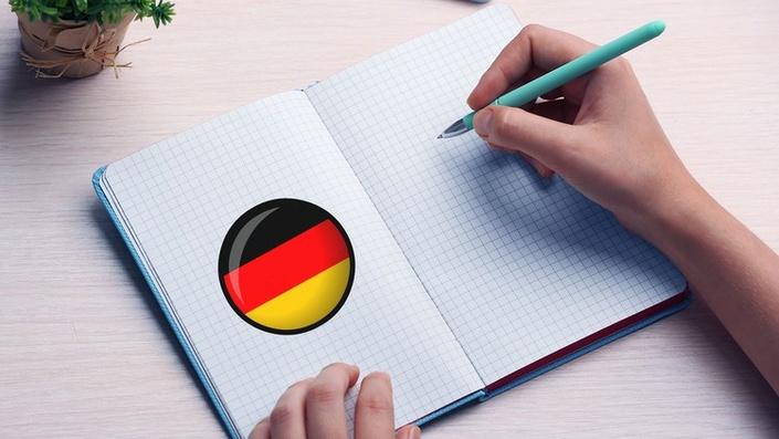 Trong tiếng Đức có 6 thì. Các thì trong tiếng Đức có cách chia động từ khác nhau.